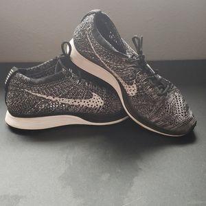 Nike Flyknin Racer